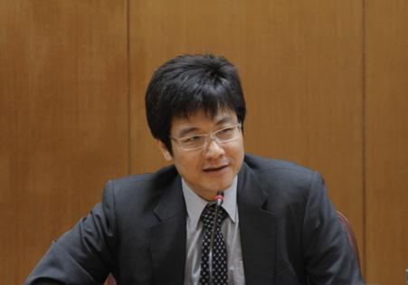 本院歐美所新任所長由鄧育仁研究員接任